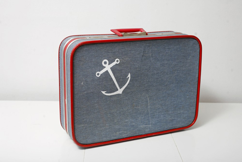 upcycled_luggage-1