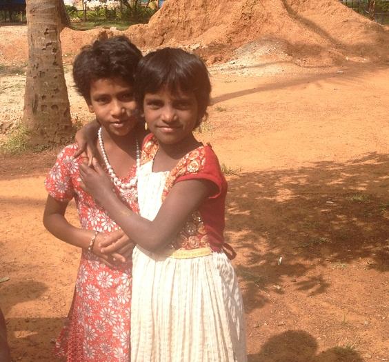 24Ananya Trust强调的家庭教育后小朋友之间亲密的氛围