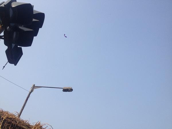 5、贫民窟上空的风筝