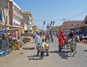 达喀尔贫民区的街头日常