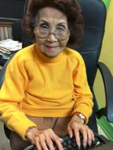 在美国访问太平轮家属,她身上承载着许多故事