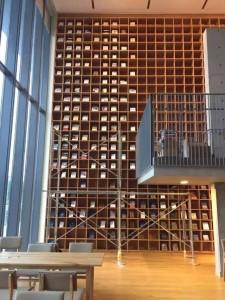 住处旁是安藤忠雄设计的图书馆